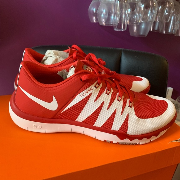 ac9924e83d6d6 Nike Free Trainer 5.0 V6 AMP Ohio State